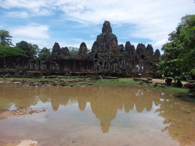 カンボジア進出