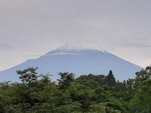 6月17日の富士山(雪?)